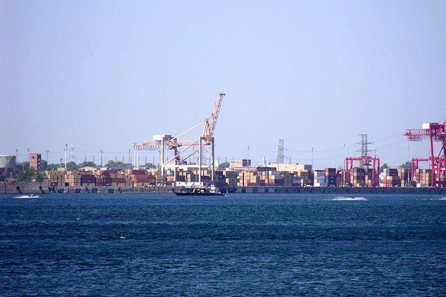 El Puerto de Hamburgo arranca el dragado del río Elba
