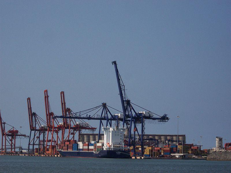 Nuevo Puerto de Veracruz recibe su primer buque y lo bautizan Polar-Mexico