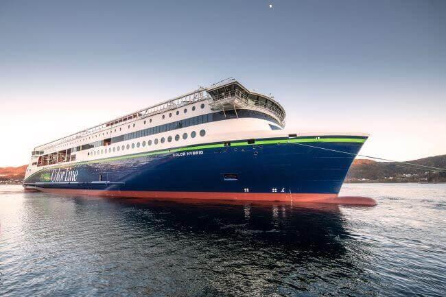 El buque híbrido «Plug-In» más grande del mundo 'Color Hybrid' Nombrado 'Barco del Año 2019'.