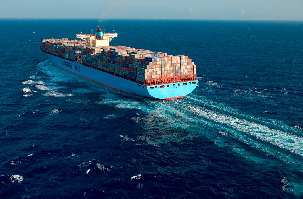 Maersk firma orden de construcción para 4 LR2s