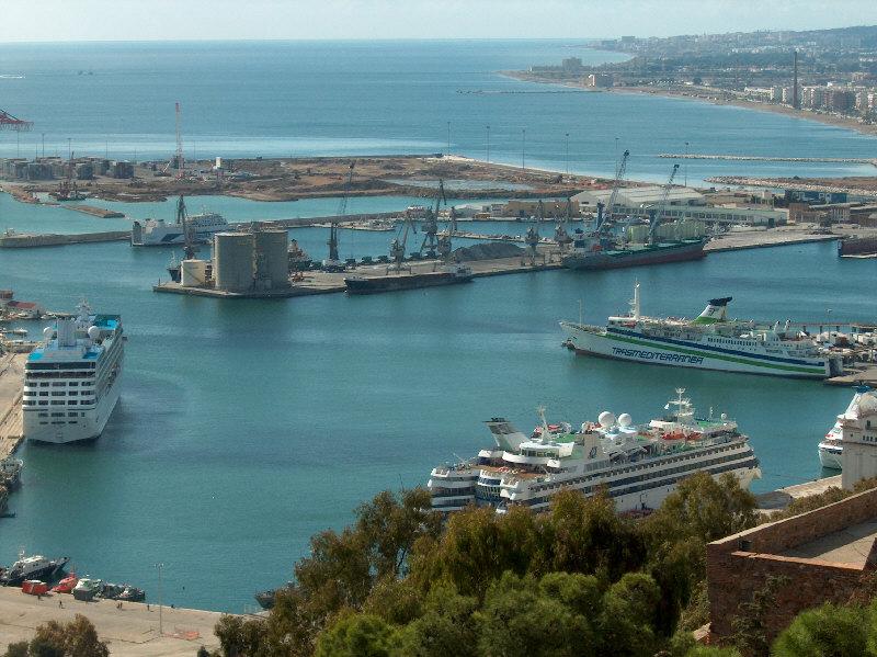 DP World presentaría propuesta para asumir el control de puerto Caldera en Costa Rica