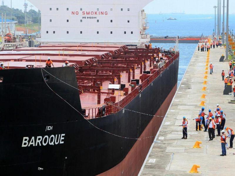 El Canal de Panamá aumenta el calado de las esclusas neopanamax