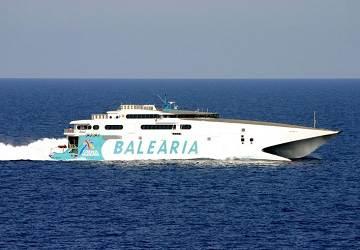 Dos ferries abordaron en Alcudia, Mallorca.