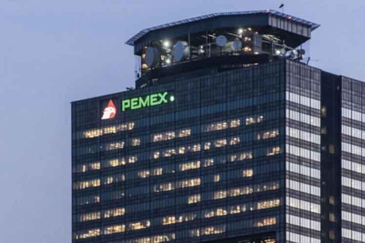 AMLO dice que Pemex no recibirá fondos de emergencia porque no hay crisis