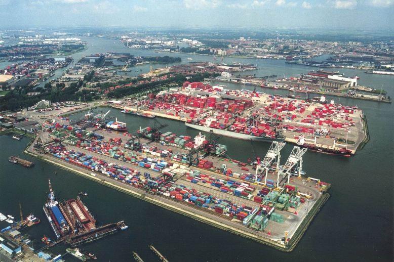 El Puerto de Rotterdam logra un crecimiento de la producción de 240,7 millones de toneladas