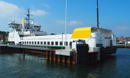 El ferry eléctrico más grande del mundo completa su viaje inaugural
