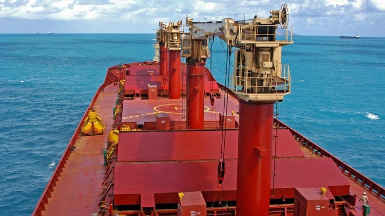 Firma Grindrod Shipping Holding adquiere participación en empresa de graneleros