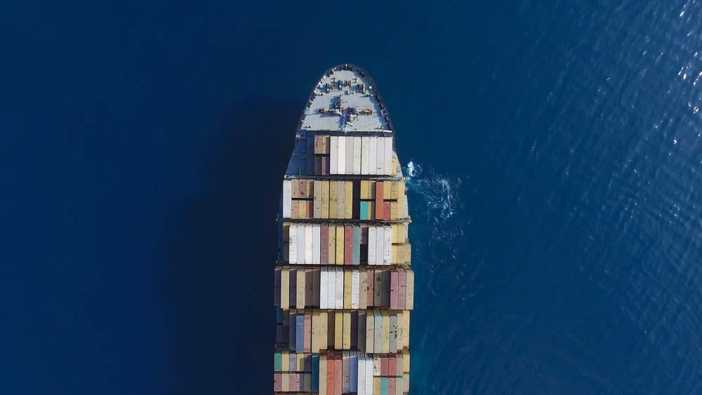 Frontline compra hasta 14 Suezmax Tankers a Trafigura