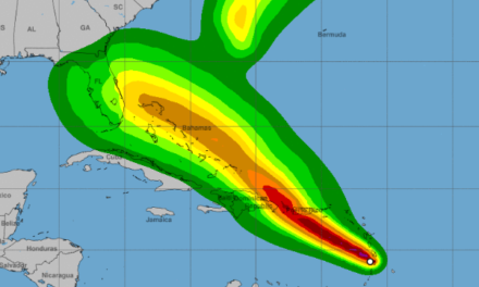 USCG aconseja a los buques que abandonen los puertos de Jacksonville por el avance del huracán Dorian