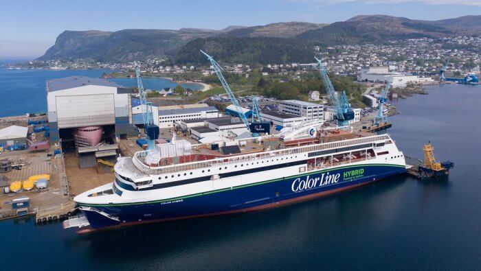 Se entrega el buque híbrido 'plug-in' más grande del mundo