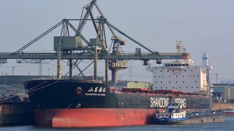 Australia prohíbe la entrada de dos graneleros a sus puertos