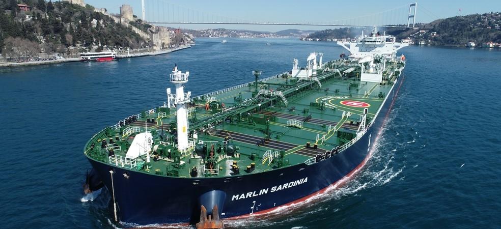 Frontline abandona las opciones para otros cuatro petroleros de Trafigura