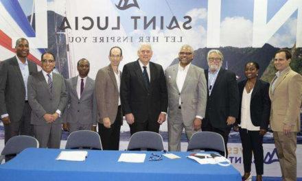 Carnival y Royal Caribbean firman un acuerdo con Santa Lucía