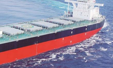 Tripulante muere en explosión de buque  frente a las costas de Indonesia