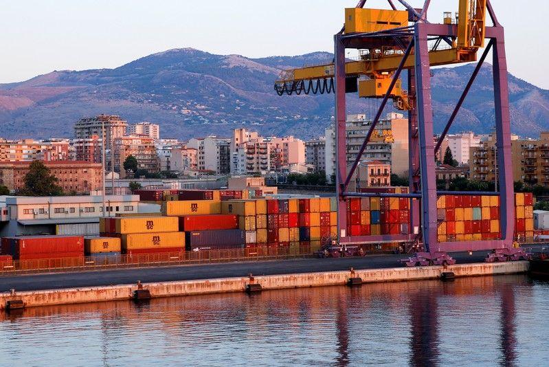 Comisión Europea abre investigación sobre las exenciones fiscales de los puertos italianos