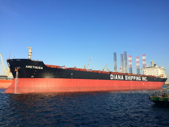 Diana Shipping pierde contrato de fletamento para Post-Panamax