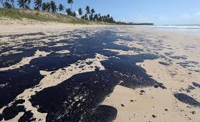 Empresa griega niega su participación en un derrame de petróleo en Brasil