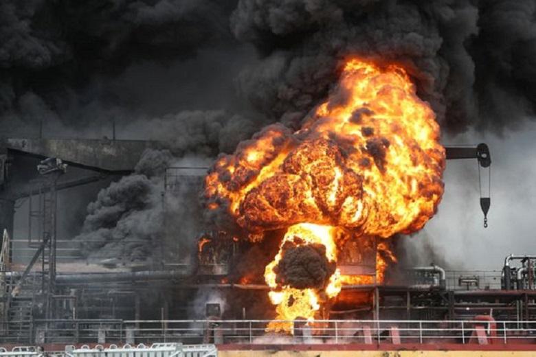 Un buque de carga ruso se incendió en Corea del Sur