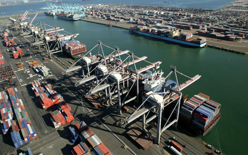 Los impactos de la guerra comercial afectan al puerto más activo de Estados Unidos