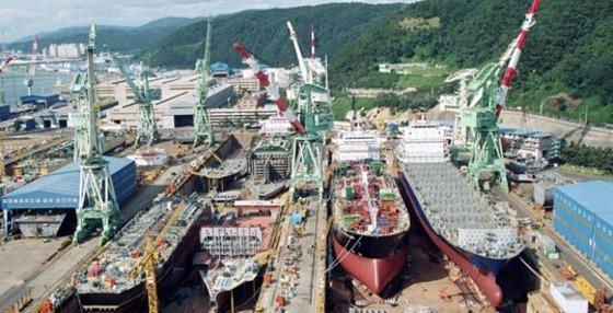 Hyundai Mipo aumenta la lista de pedidos con tres barcos más