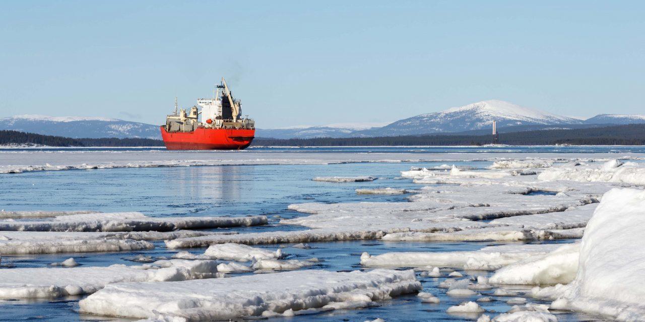 Islandia prohíbe el uso de HFO en sus aguas