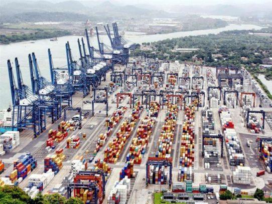 Aumento en el volumen de contenedores del puerto de Panamá
