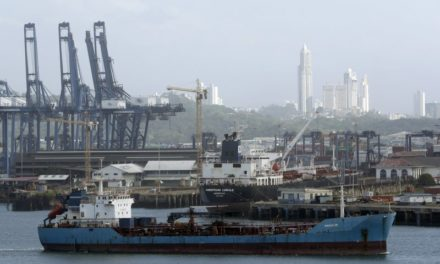 El Canal de Panamá introduce un recargo por agua dulce