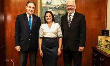 Ilya Espino de Marotta nombrada subadministradora del Canal de Panamá