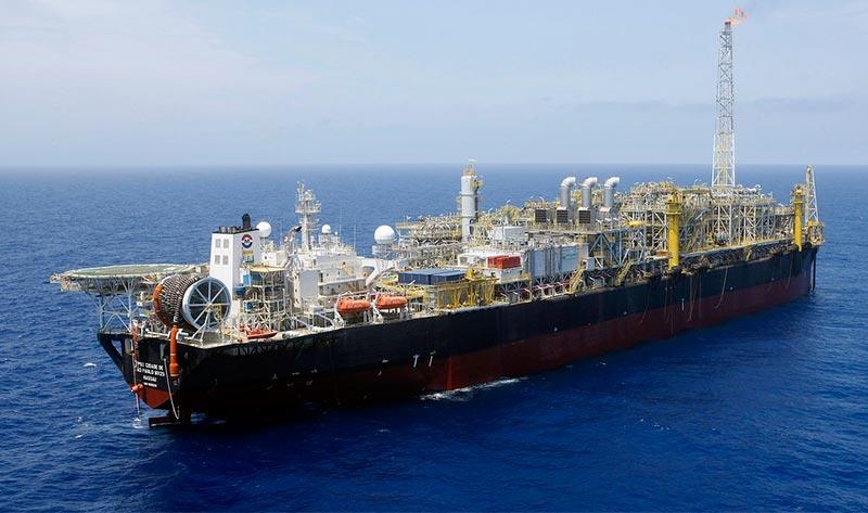 Petrobras se mantiene alejada del Estrecho de Ormuz por ahora