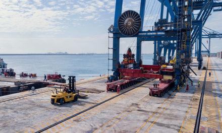 Mammoet completa la reubicación de grúa para la expansión del puerto de Veracruz
