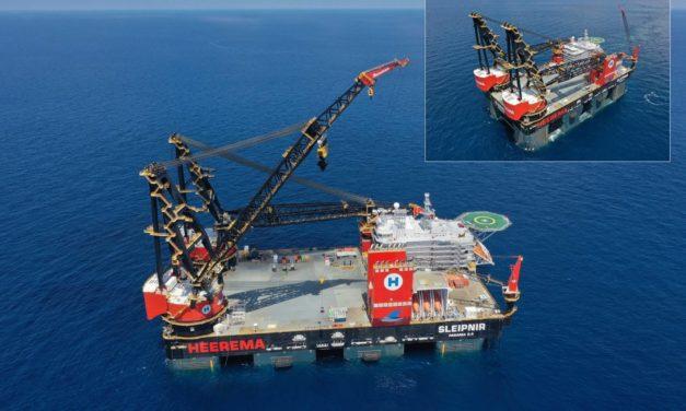 El buque grúa semisumergible más grande del mundo 'Sleipnir' llegará a Rotterdam por primera vez