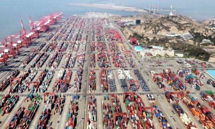 El gobierno chino reduce aún más los impuestos portuarios y de carga