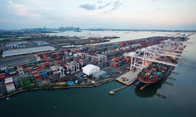 El jefe de puerto de Nueva York en cuarentena tras contraer el coronavirus