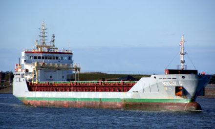 Encallamiento de un buque de carga en Sena, Francia