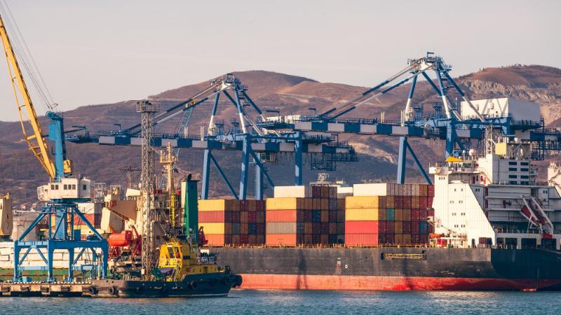 Globus Maritime pospone reembolso de bonos