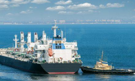 La operaciones marítimas continúan funcionando las 24 horas como siempre