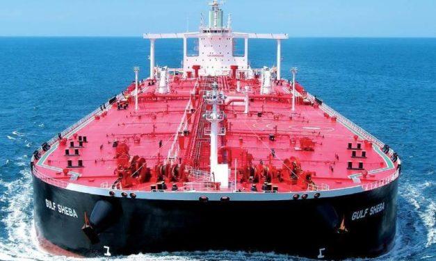 Los precios del petróleo bajan mientras que aumentan los buques VLCC y el almacenamiento flotante