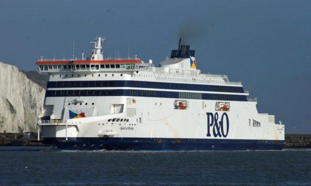 P&O Ferries da prioridad al transporte de carga y suspende a 1.100 trabajadores