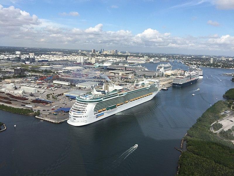 Tres trabajadores de cruceros en Port Everglades tienen coronavirus
