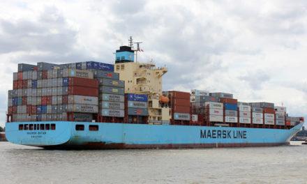 USCG evacua al capitán del M/V Maersk Batam a más de 100 millas de la costa en el Mar Caribe