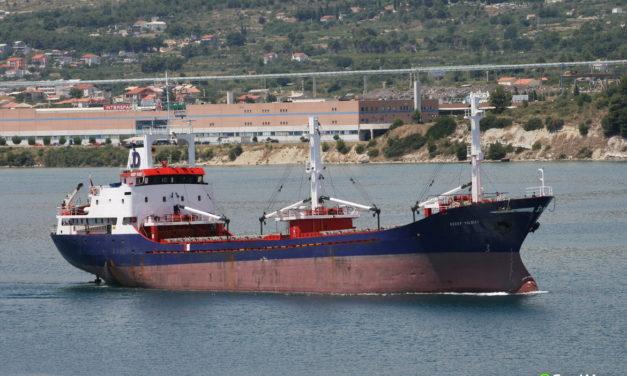 Un buque cargado de cemento se hundió frente a la costa del Pacífico de México
