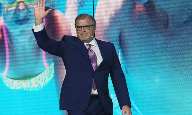 18 millones de dólares obtuvo el director general de Norwegian Cruise Line Holdings en el 2019