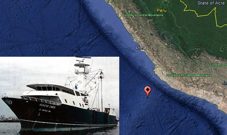 Buque abandonado en el Pacífico Sur esta a la deriva
