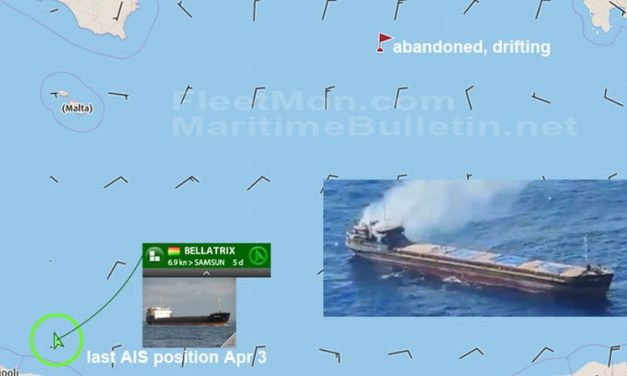 Buque en llamas y a la deriva fue abandonado con ayuda de rescatistas Italianos