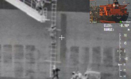 El buque tanque TORM Aframax reportó 3 tripulantes heridos incluyendo una mujer en una caída de uno de sus botes