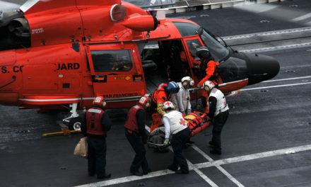La Guardia Costera de los Estados Unidos continúa supervisando las operaciones de evacuación médica
