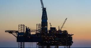 La OPEP+ esboza una reducción récord del petróleo