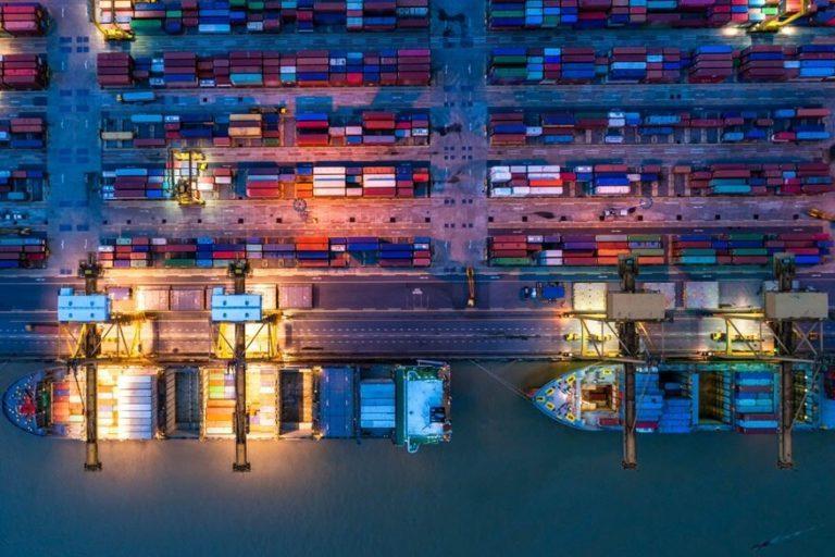 Las líneas navieras siguen funcionando para proteger el flujo de efectivo