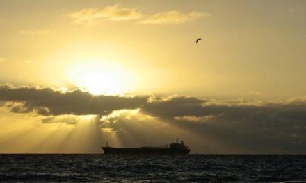 Los buques tanqueros podrían enfrentarse a vientos en contra en mayo debido a los precios del petroleo