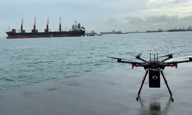 Por primera vez se realiza en Singapur una entrega en un buque por medio de un drone de largo alcance